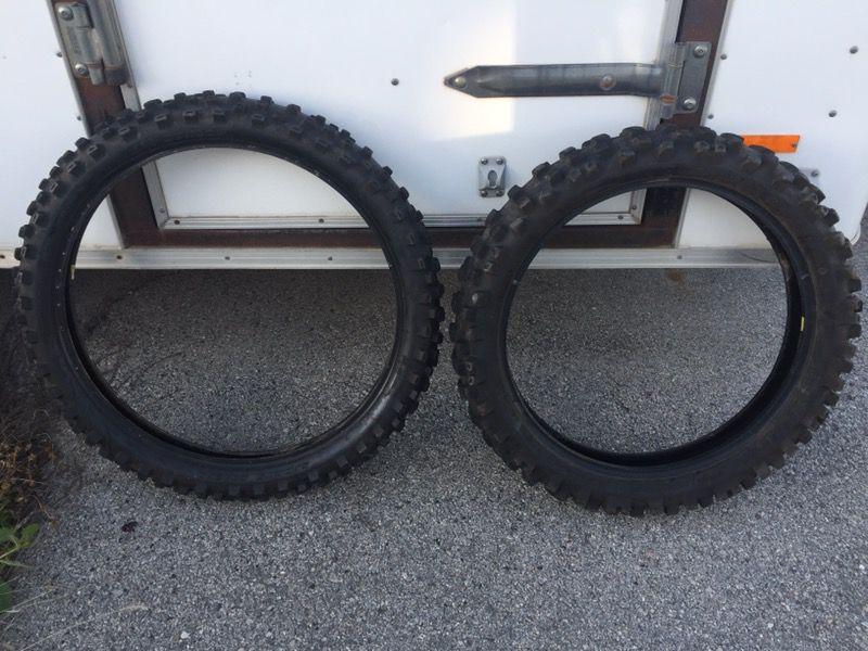Dunlop tires dirt bike