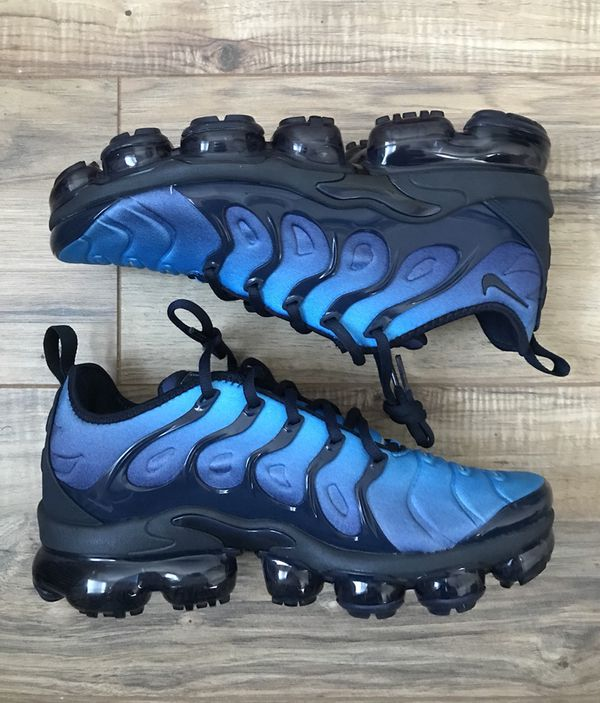 79b7e682f3 Nike Air Vapormax Plus Obsidian Size 8 Men US for Sale in Jersey ...