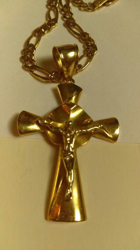 Jesus Christ Crucifix Gold & Silver Chain