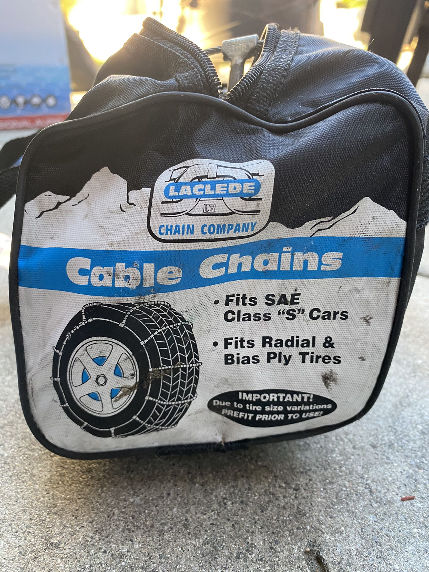 BRAND NEW snow cables for passenger car