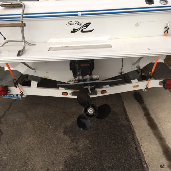 Offerup Las Vegas >> SeaRay for sale or trade for a 4 wheel drive truck of equal value for Sale in Las Vegas, NV ...