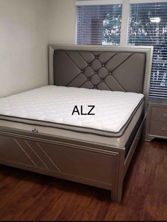 BedRoom Set (4-PIECE QUEEN bed,Dresser,mirror,Nightstand 🌸🌸(39 $down payment ) same day delivery🚚🚚