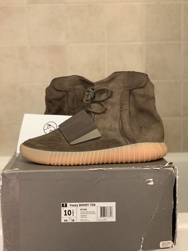 0eacd53bc0b10 Yeezy 750 chocolate for Sale in Annandale