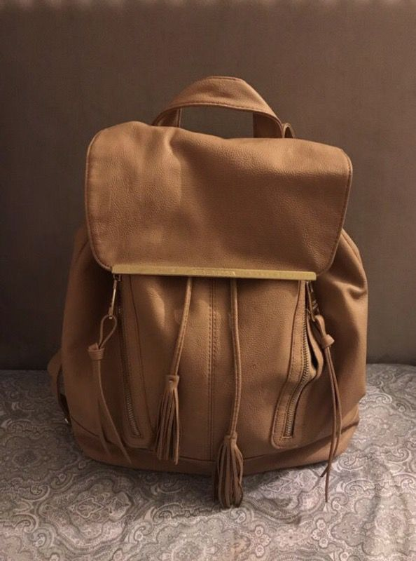 07e08677f4c Nude Steve Madden Book Bag/Backpack for Sale in Plant City, FL - OfferUp