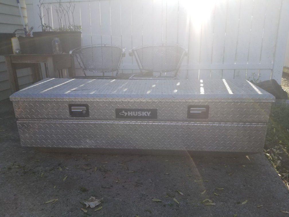 husky truck tool box