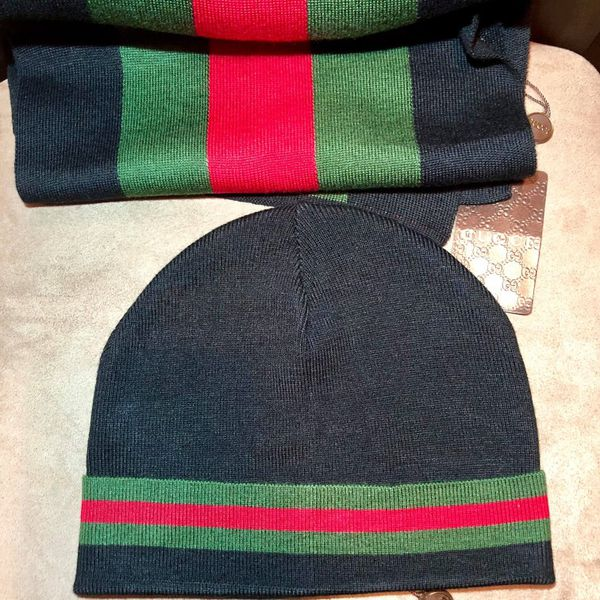 NWT Authentic Gucci hat and scarf in gucci bag for Sale in Brooklyn ... 7c24935a6d1