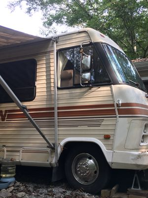 1985 Winnebago Chieftan 31 for Sale in Cumberland, VA