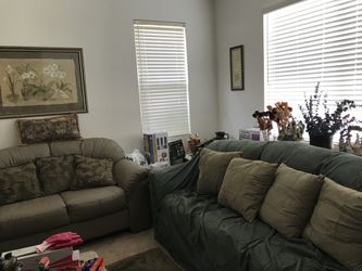 Leather Couch and loveseat Thumbnail