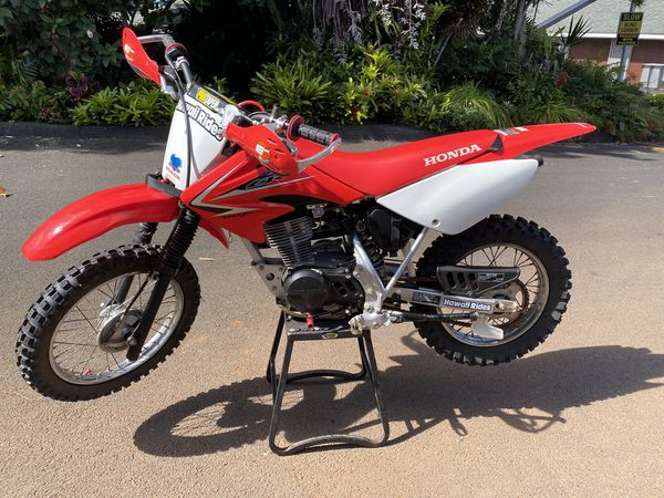 2009 honda crf80f almost new , set up for trails