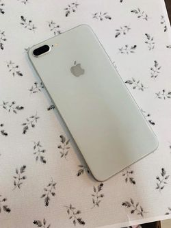 iPhone 8 Plus (256 GB) Unlocked With Warranty Thumbnail
