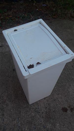 White trash can for Sale in Falls Church, VA