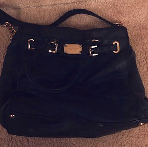 Michael kors leather satchel for Sale in Fredericksburg, VA