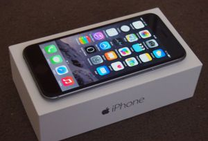 Apple iPhone 6s - Factory Unlocked - Comes w/ Box + Accessories for Sale in Crofton, MD