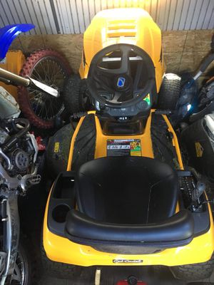 Cub Cadet XT1 46 inch riding lawn mower for Sale in College Park, MD