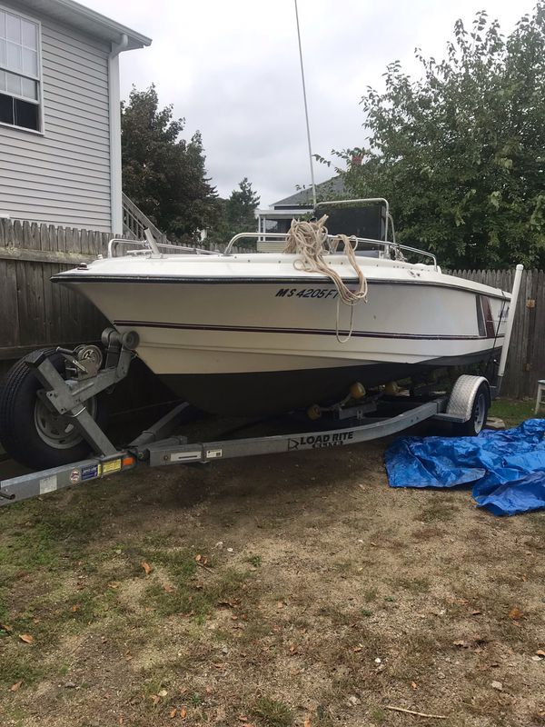 1987 larson center console it has a 150 hp johnson fitch with bad eem, good compression in all cylin