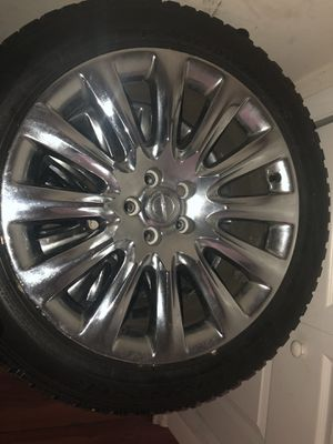 Chrome Chrysler Rims tire tread great condition for Sale in Washington, DC