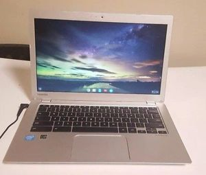 "Toshiba Chromebook 2 laptop 13.3"" Intel Celeron Dual Core 4GB RAM for Sale in San Leandro, CA"