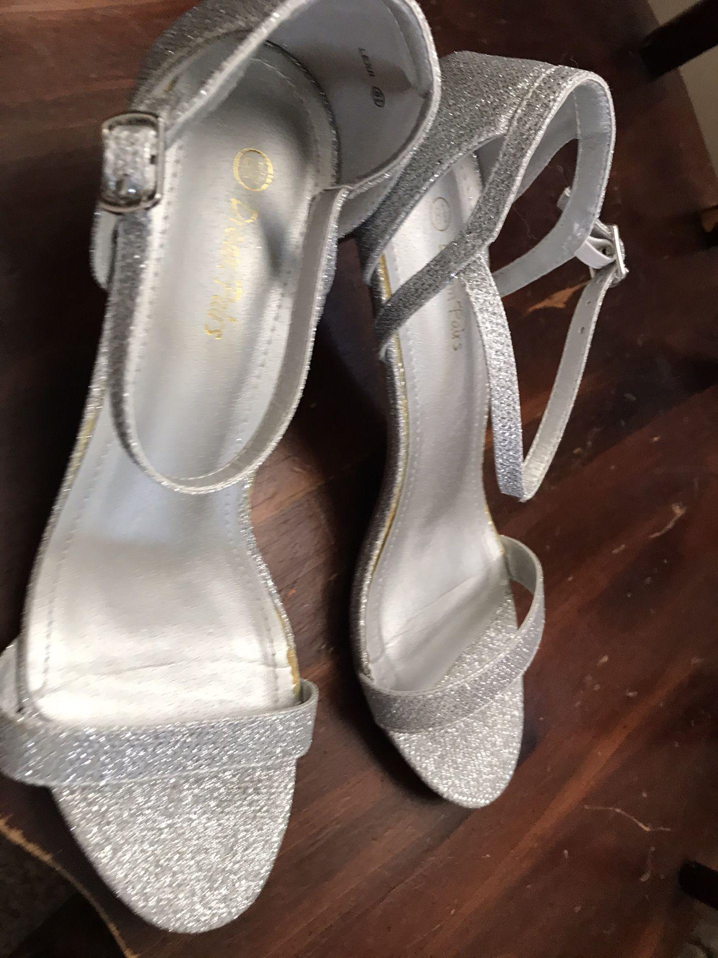 Silver Size 8.5 Women's Shoes