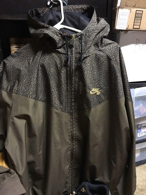 Nike SB Hooded Full Zip Jacket