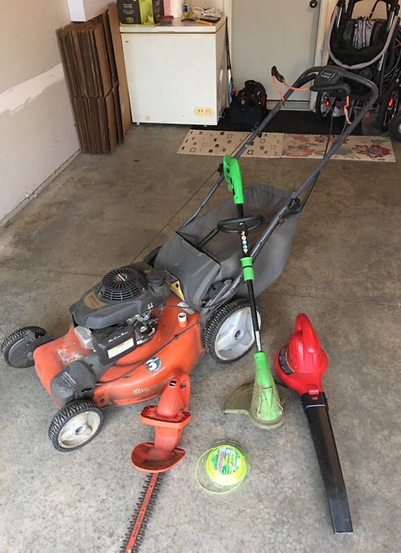 Lawn Mower Hedge Trimmer Leaf Blower Weed Eater Combo