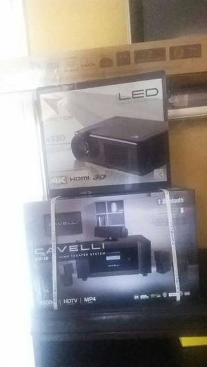 Movie theater 4k projector with 72 in screen sound system for Sale in Miami, FL