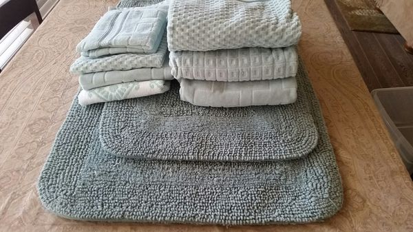 Set New Aqua Bath Towels And Cotton Rugs For Sale In Oceanside Ca