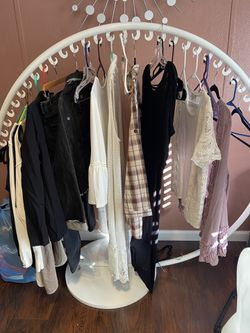 Clothing Rack Thumbnail