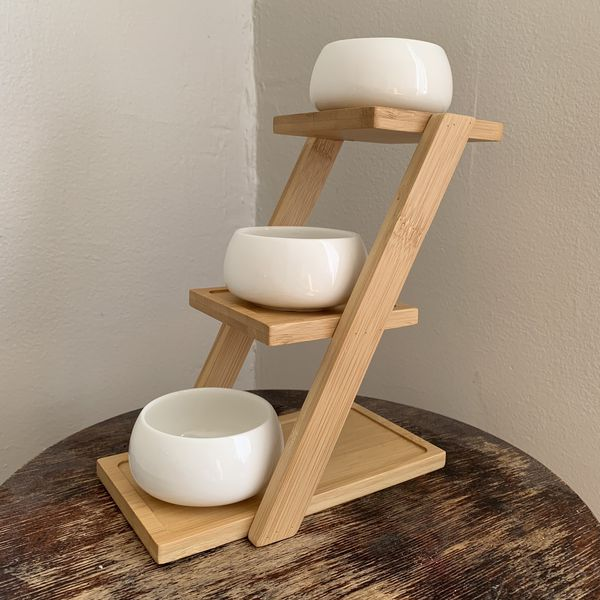 Bamboo Minimalist Plant Stand for Sale in Chicago, IL - OfferUp