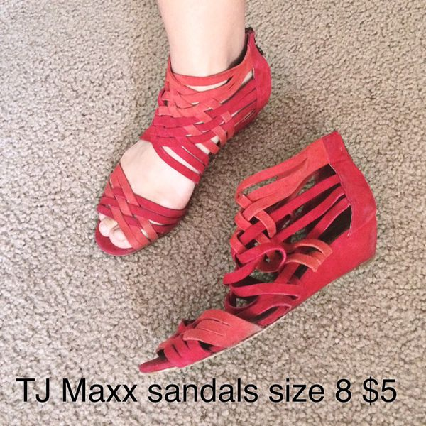 TJ Maxx sandals for Sale in Mesa, AZ - OfferUp