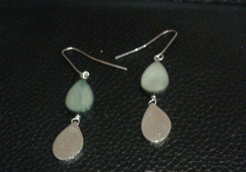 Pure silver tear drops earings metallic grey blue plastic & silver!