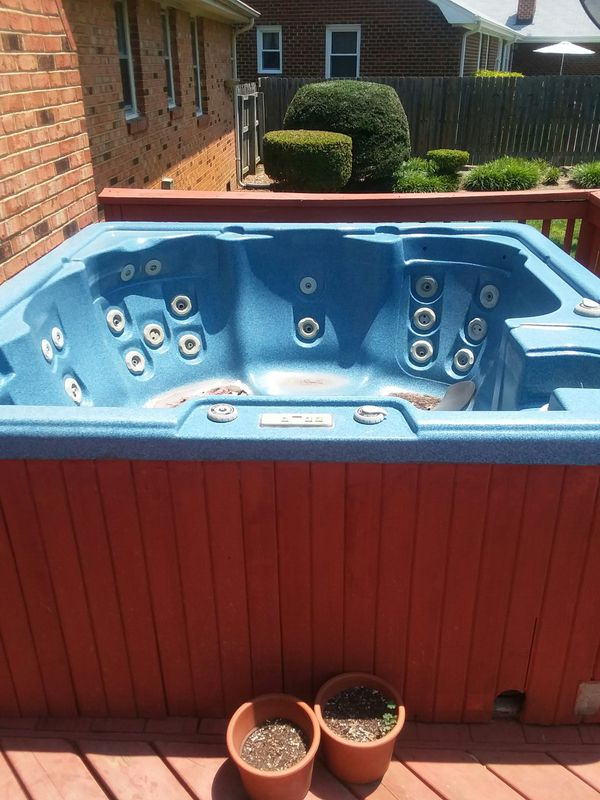 Functioning hot tub (Home & Garden) in Virginia Beach, VA - OfferUp