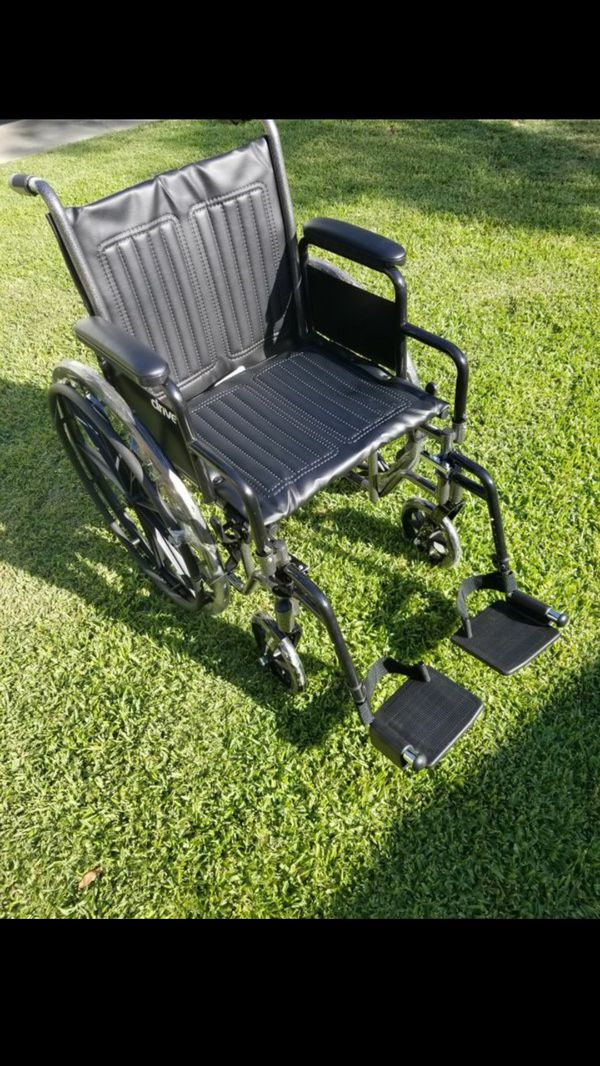 Heavy duty wheelchair for Sale in Los Angeles, CA - OfferUp
