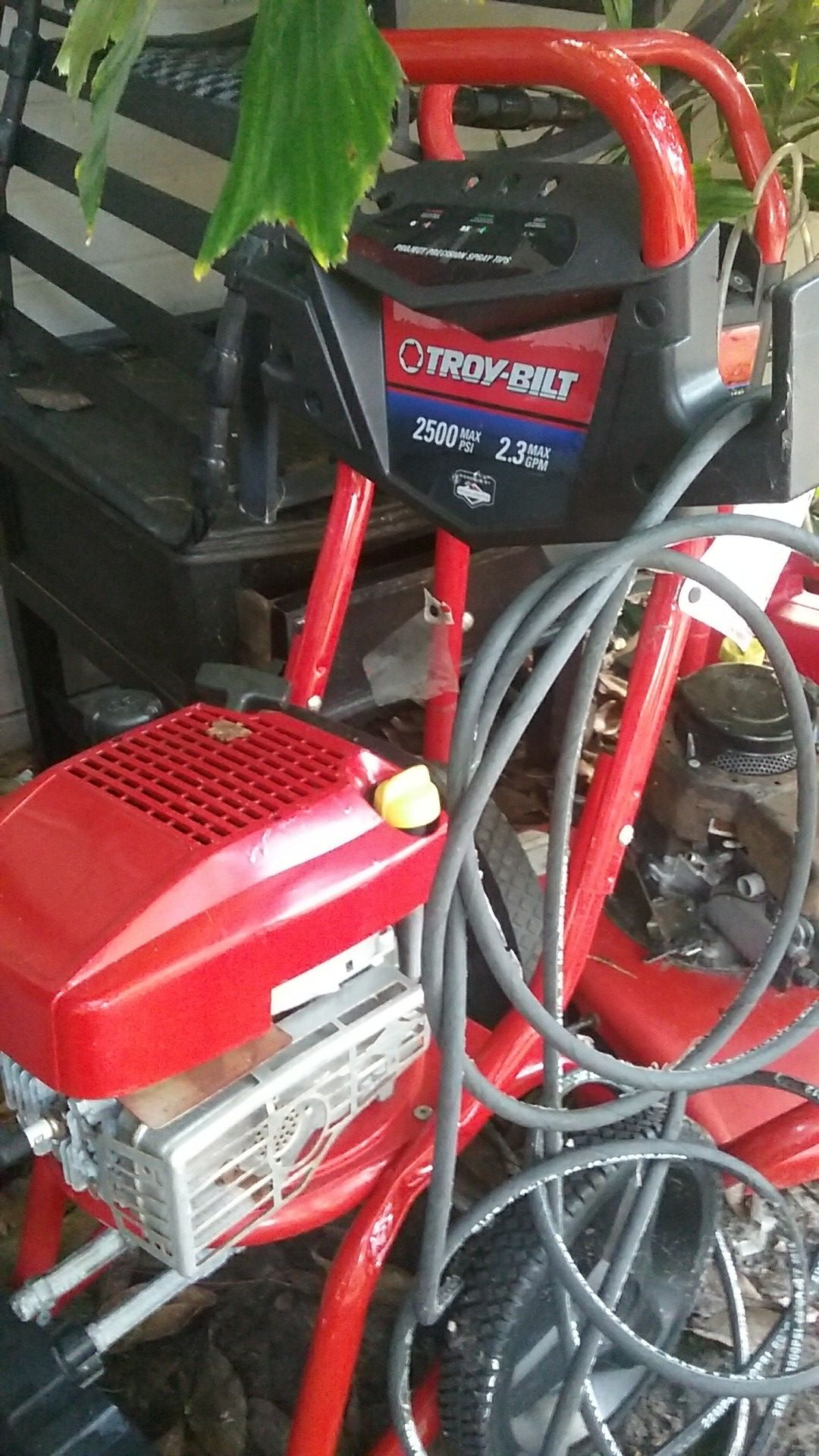 Troy-Bilt 2500 with hose and wand just like brand new