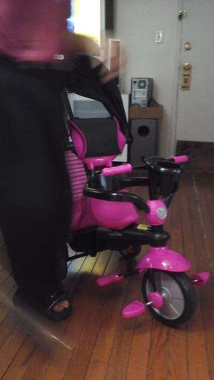 SmartTrikes stroller/tricycle for Sale in Manassas, VA