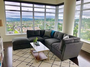 Nearly Brand New Modern Gray Sectional Sofa for Sale in Bellevue, WA