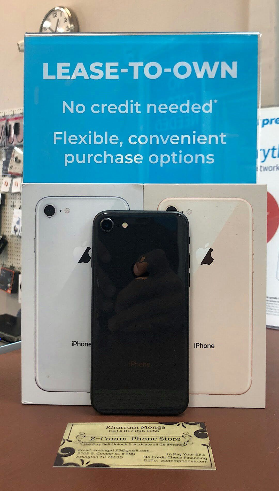 Apple iPhone 8 256Gb / 128Gb / 64Gb - Unlocked / AT AND T T-Mobile Verizon Sprint Starting @