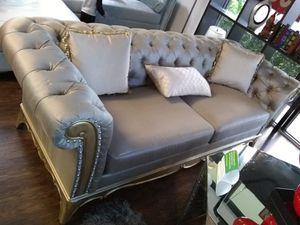 Elegant sofa for Sale in Lauderhill, FL