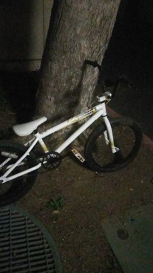 """Endzone For 16/"""" to 20/"""" Bikes BMX Bike//Cycling Saddle//Seat White"""