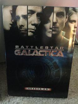 I have the complete Seasons for Battlestar Galactica from Season 1 -Season 4.5 😎👍🍿. 📀📀📀📀📀 🎥 Thumbnail