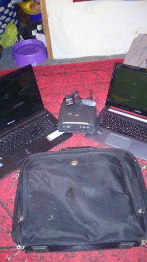 Gateway and Toshiba laptops and Dell labtop case for Sale in Cumberland, MD