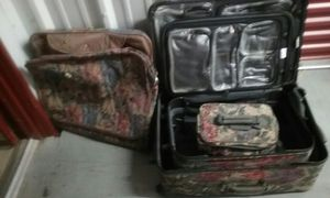 4 piece Luggage set for Sale in Frederick, MD
