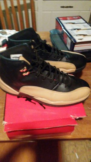 Air Jordan 12 retro size 13 only wear once time for Sale in Columbus, OH