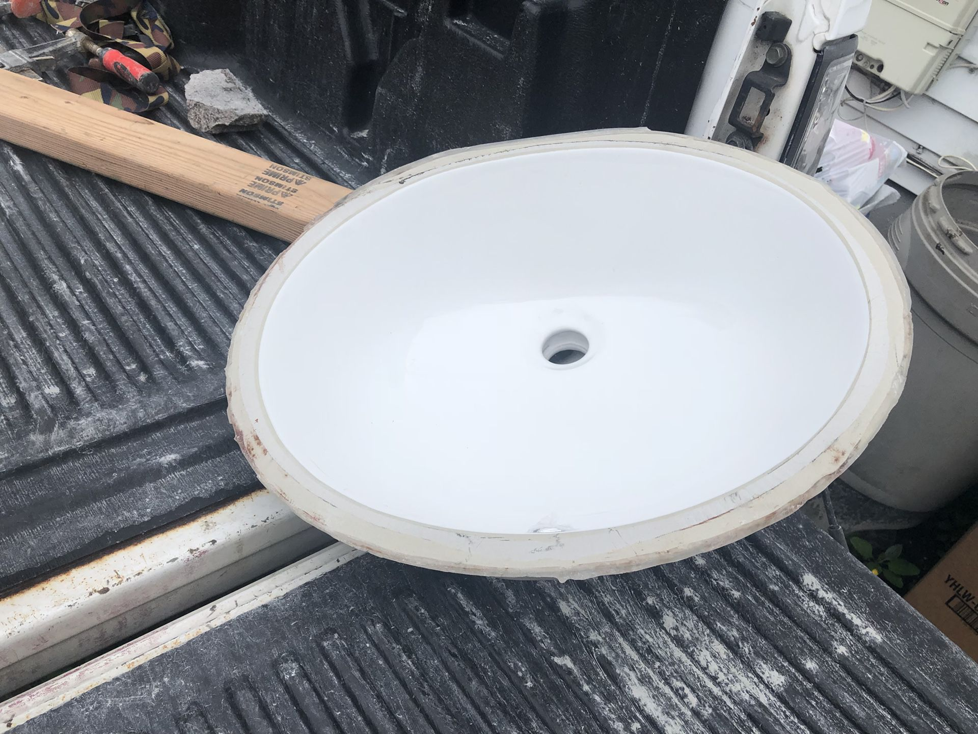 Vanety sinks perfect condition