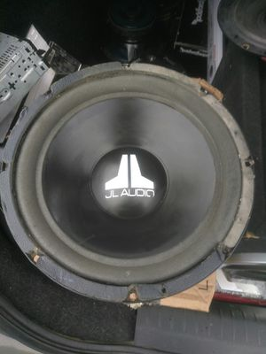 Photo JL Audio 10 inch 550 watt subwoofer