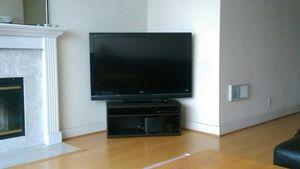 """Sony TV (Bravia 52"""") for Sale in San Francisco, CA"""