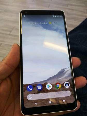 Google Pixel 2 XL 128gb unlocked for Sale in Fresno, CA - OfferUp