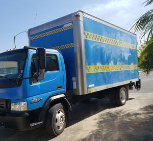 Photo FORD BOX TRUCK........16 Ft................WITH LIFTGATE