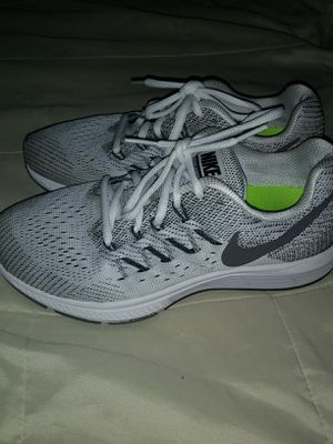 Men's Nike tennis shoes size# 7.5 for Sale in Manassas, VA