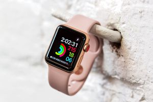 Apple Watch Series 3 38mm GPS + LTE Rose Gold for Sale in Orlando, FL