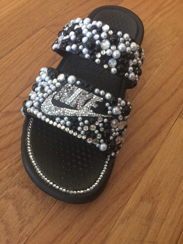 promo code a471c 60285 Double strap Nike slides for Sale in Raleigh, NC - OfferUp